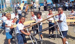 Rotary gives desks to Hohola school